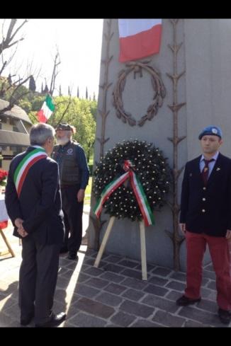 25 aprile: il picchetto d'onore del casco blu, Bersagliere, veterano di Somalia « blog del Bersagliere